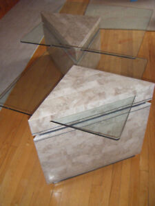 Set of 2 marble veneer tables with glass tops