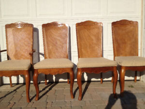 4 Dining Chairs - by Universal Furniture