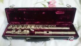 Buffet Crampon Paris Cooper 228 Flute, Includes case and cleaning rod.