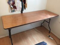 Great foldable table with metal lens and clean wooden top QUICK COLLECTION _ CHEAP PRICE