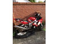 Yamaha YZF R6 2002 model in vibrant red
