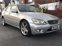 Lexus IS 200 2.0 SE 4dr FULL HEATED LEATHER SEATS SUNROOF 6 CD CHANGER