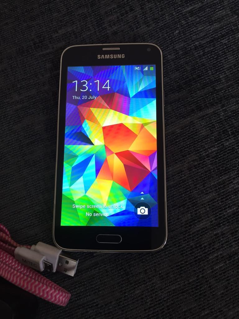 Galaxy s5 phone Hants headsetin Hucknall, NottinghamshireGumtree - Before you contact me read all off the ad thank you 1st NO OFFERS AT ALL I NOT REPLY this came in a lot of household items I recently purchased it does work and comes with a Jabra Bluetooth headset NOW there is some patchy marks on inner screen...