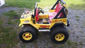 Kids Ride On Jeep 12 to 24 Volt Battery Operated