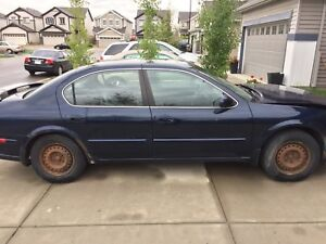Nissan Maxima FOR PARTS