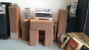 Yamaha RX V1000 Home theatre System w/ 6 speakers - $720