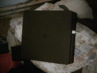 Slim ps4 500gb with inner box mint condition controller and all leads