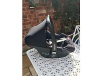 Maxi Cosi pebble Car Seat baby carrier