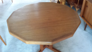 Retro 60's teak dining room table with 6 chairs and hutch