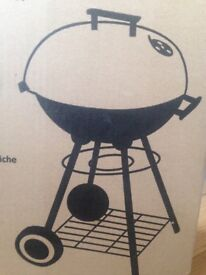 Kettle GRILL 40cm diameter NEW in a box ideal for BBQ