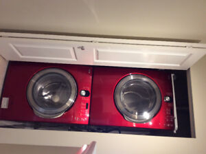 Free stackable front load washer and dryer
