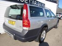 VOLVO XC70 2.4 D SE 5d AUTO 163 BHP (silver) 2006