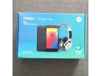 Motorola Moto C Mobile Phone New Boxed with Pulse Max Headphones and Charger