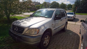 1999 Mercedes-Benz ML320  SUV, Crossover