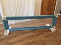Bed guard rail - extending - Safety 1st ideal for children's first bed