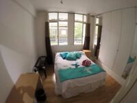 BRIGHT DOUBLE ROOM IN ZONE 1