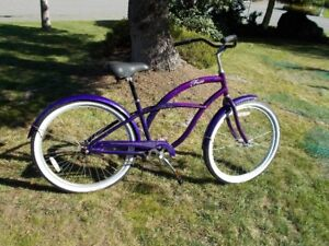 "Ladies Street Cruiser ""Free"" Bicycle"