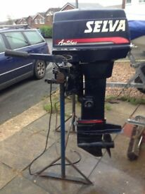 25 HP SELVA OUTBOARD ENGINE as new with tank