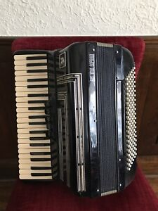 Settimio Soprani Accordion $600.00