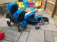 2015 Uppababy Vista in georgie. Twin package with carrycots, main seat and rumble seat with adapters