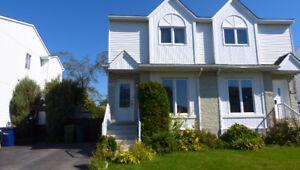 Maison à louer - Fabreville - Laval