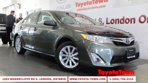 2013 Toyota Camry LOADED XLE LEATHER NAVIGATION BLIND SPOT MONIT