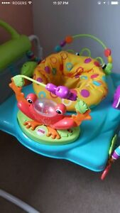 "Almost new Fisher Price Jumper ""Saucer"""