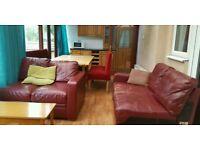 Corner sofa red, leather, 7 seater £75