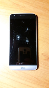 LG G5 with virgin/bell *cracked screen*