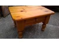Pine coffee/side table