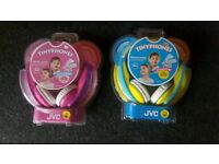 Kids JVC headphones