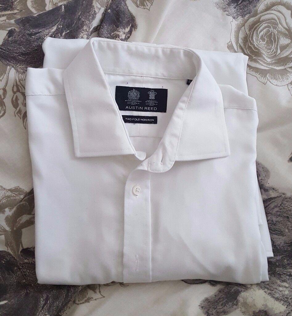 Lovely Austin Reed Men's White Shirt – collar size 16½R. RRP £25.00