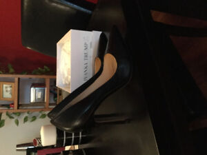 Black leather pumps - size 10 - worn for 3 hours!