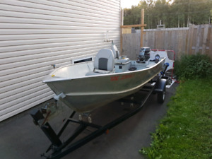 Lund WC14 Deluxe w/30 Yamaha & Trailer