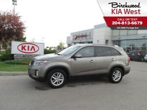 2015 Kia Sorento LX *BLUETOOTH/ HEATED SEATS/ CRUISE*