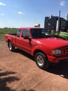 2007 Ford Ranger it's in really nice condition