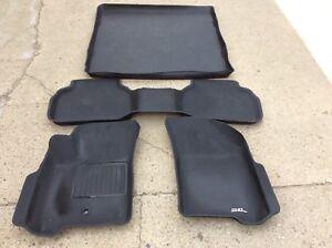 Dodge Journey floor mats & cargo liner