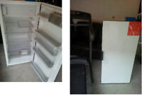 BRAND NEW INTERGRATED CUPBOARD FRIDGE WITH FREEZER BOX ALL INSIDE STILL WRAPPED SIZE BELOW