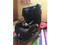 Britax Safefix plus Romer car seat - 9-18kg