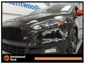 2015 Ford Focus ST ST! TURBO! NAV! backup cam! heated steering w