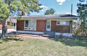 3Bed/1.5bath House Near Ottawa Hospital and TrainYards ($1495)