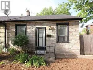 Student House - Attention Near McMaster University