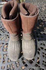 GROUNDWORK Brown Fleece Lined Velco Fastening Work / Walking Boots - Size 9