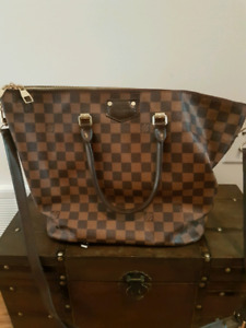 Louis Vuitton Neverfull Damier Tote