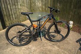 Mountain Bike- Muddyfox XC900