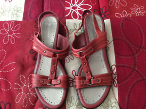 Rockport womans shoes