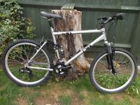 Diamondback s10 mountain bike