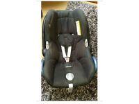 Maxi cosi cabriofix in black on black baby car seat