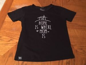 Youth Girls size 12 Slyfox Threads Tee