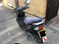 Peugeot V-clic 50cc scooter
